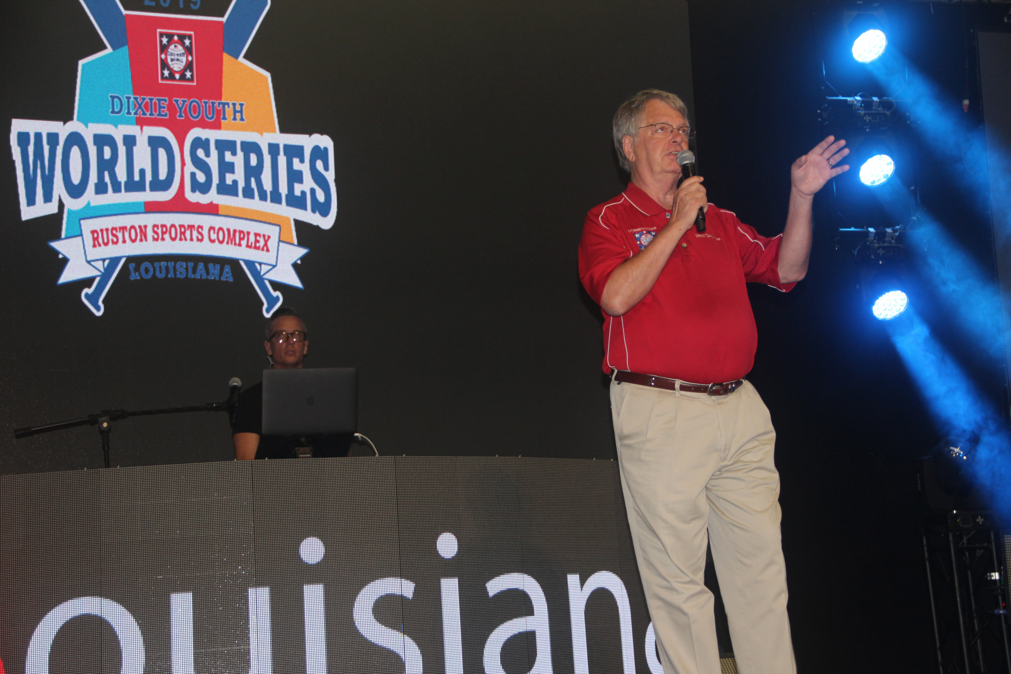 Dixie Youth Baseball Commissioner Wes Skelton addresses the crowd.
