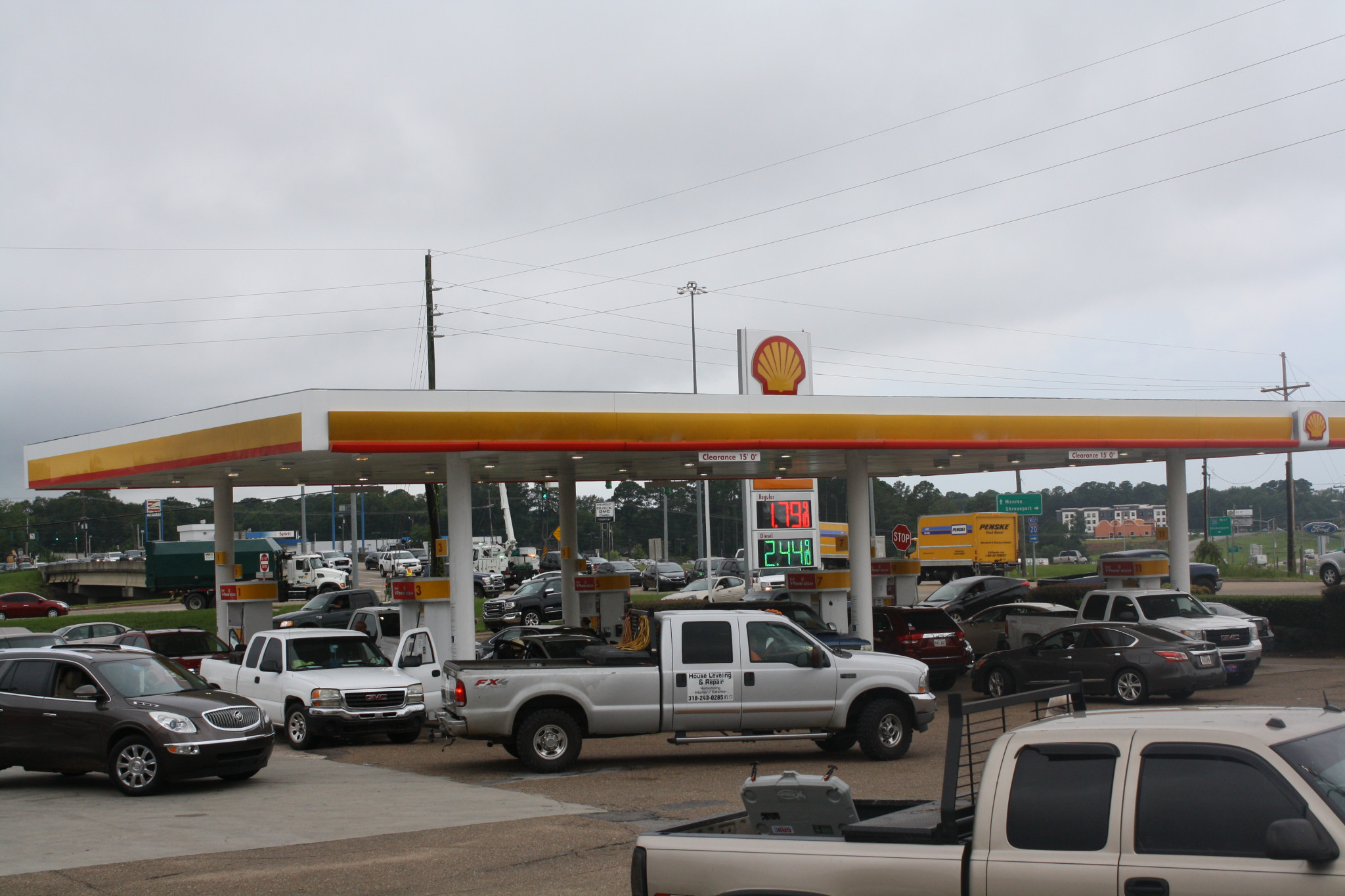 Part of the line to get gas at the Shell on Farmerville Highway Friday